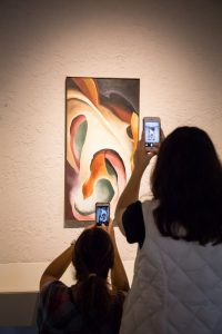 Family Art Play: O'Keeffe Tote Bag Paintings