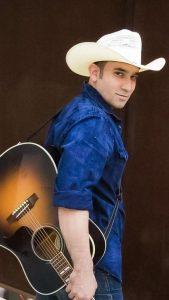 Allan Hendrickson Performs at Hyatt Regency San Antonio's Q Bar